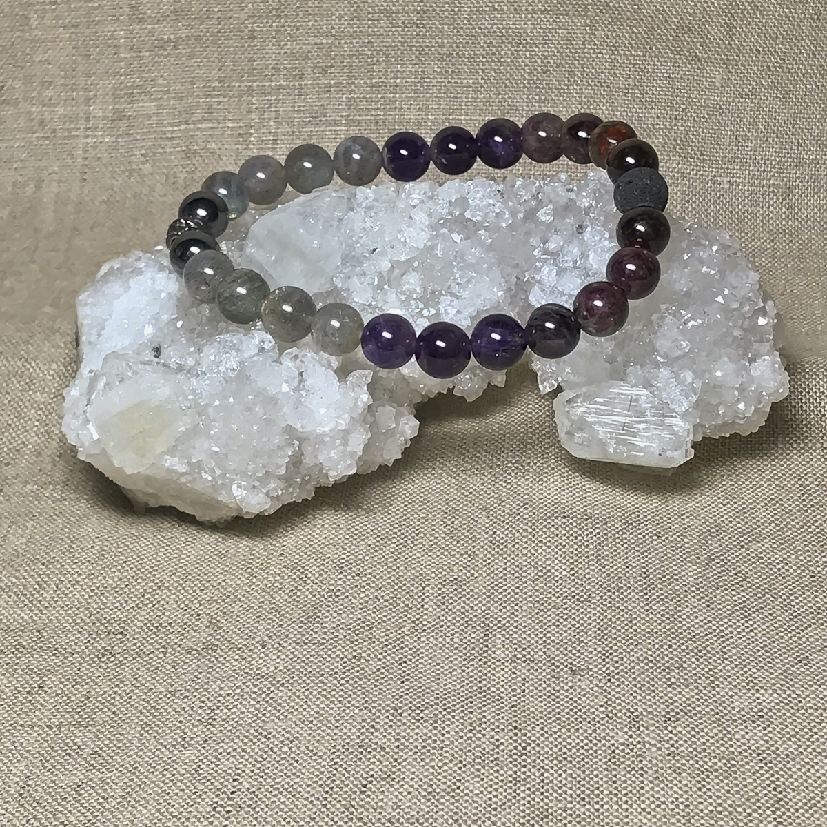 garnet gemstone product color amethyst jewelry topaz blue connected peridot bracelets jaipur gemstones bracelet silver jewellery